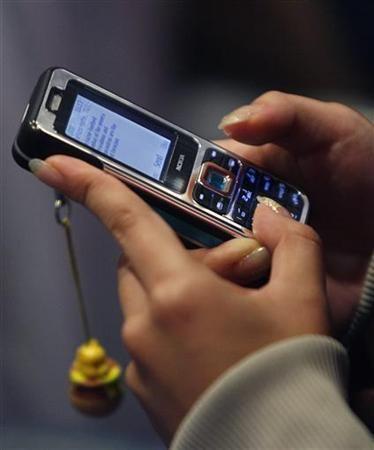 Помощь молодым мамам через СМС-информирование