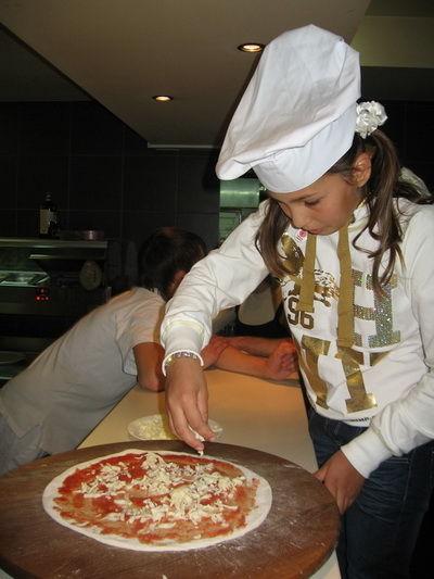 Любовь к кулинарии зарождается всё раньше