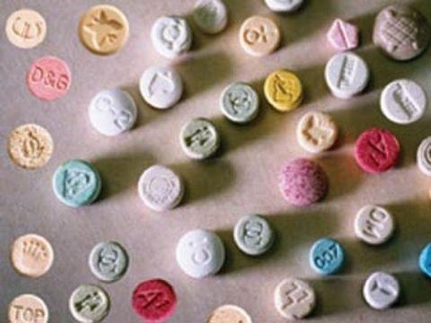 Осторожно! Антидепрессанты провоцируют выкидыш!