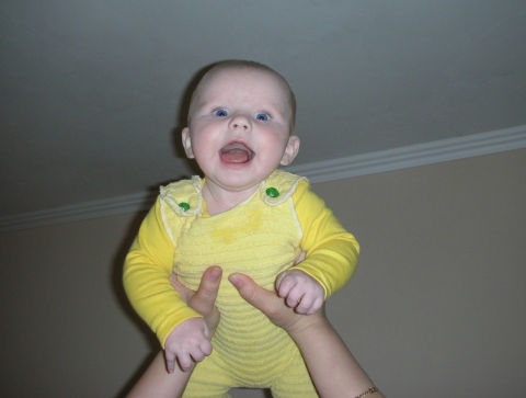 помоему так все детки любят… (фото)