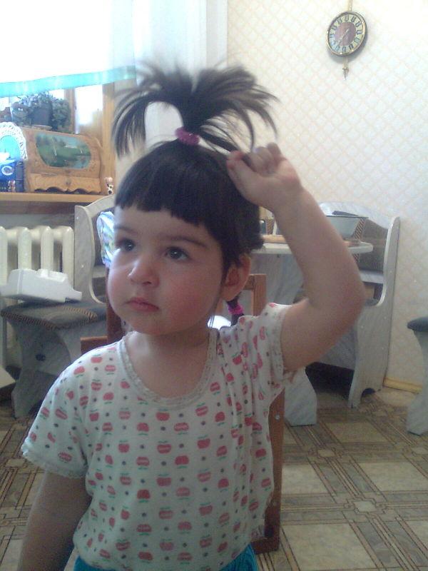 Бедный мой ребенок, у мамы руки крюки)))