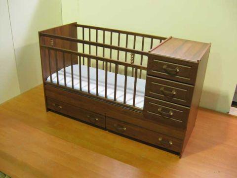 Кровать трансформер в отличном состоянии 5000руб+ в подарок матрас+бортики ))))