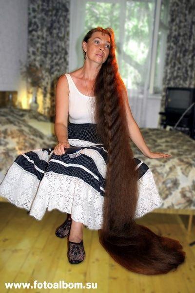 Самые длинные волосы у новорожденных