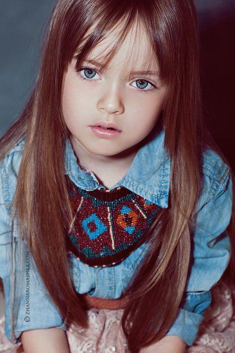 Малькая девочка дрочит фото 37-582