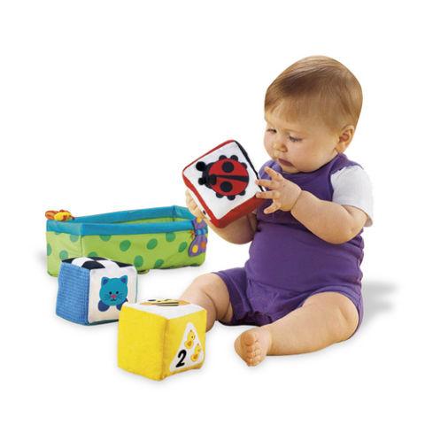 Игрушки для детей по возрастам. Перечень :)