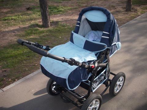 С коляски Baby Merc снимаются колеса???
