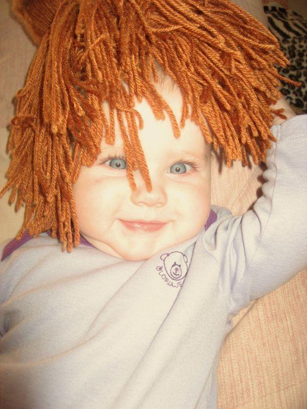 Диана (фото) «Пока свои волосы не выросли у куклы одолжу шевелюру»
