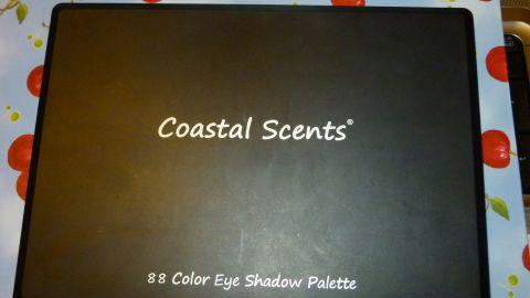 Coastal Scents палетки на 88 и больше цветов. Где купить в Москве?